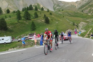 Martin Elmiger campione svizzero del team IAM in crisi