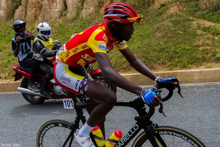 1479760705Samuel-Mugisha-won-the-best-mountain-climber-of-the-just-concluded-2016-Tour-du-Rwanda.jpg